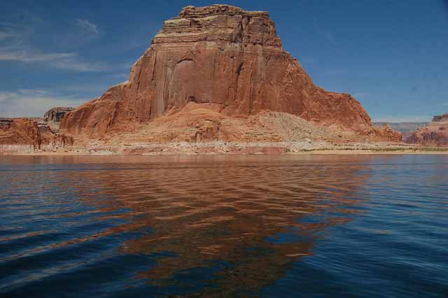 cliffs on Lake Powell