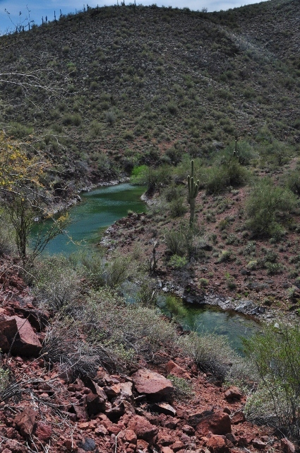Pipeliine Canyon Trail