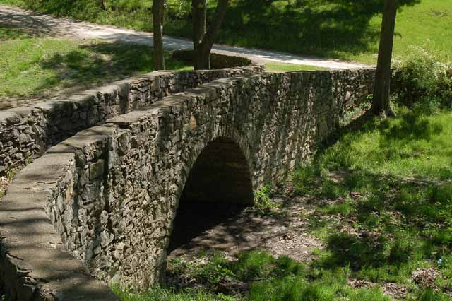 the foot bridge in Winterset City Park
