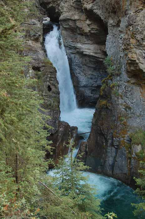 Johnston Canyon, Lower Falls
