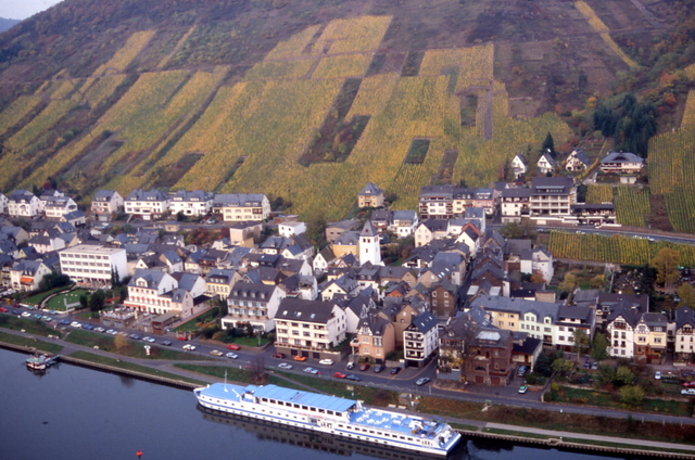 ... cochem just a 5 minute walk from the centre of cochem and the moselle