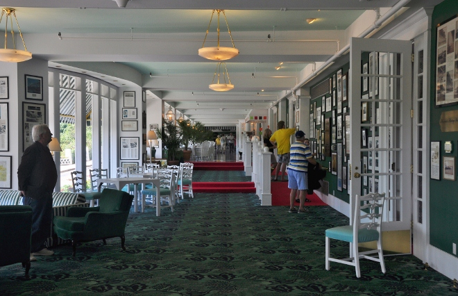 the Grand Hotel, the main foyer