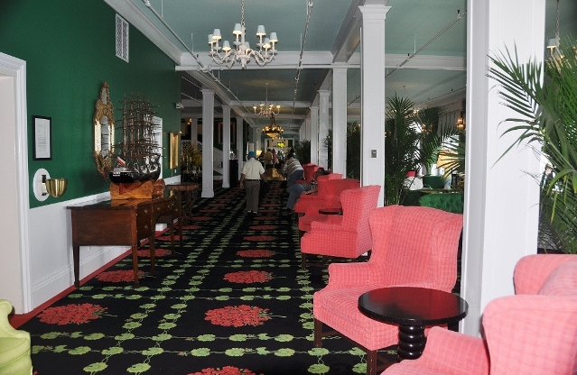the Grand Hotel, the foyer